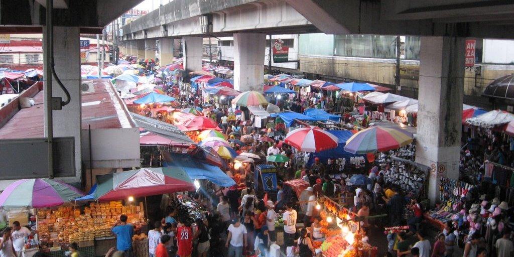 バクララン市場 (Baclaran Market )