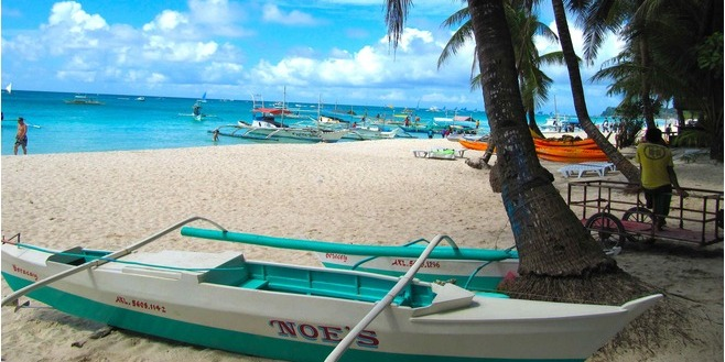 ボラカイ島ホワイトサンドビーチ (Boracay Island)