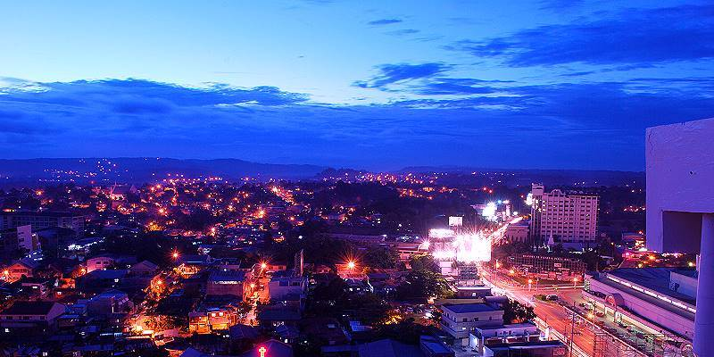 ダバオ市の夜景 (Davao City)