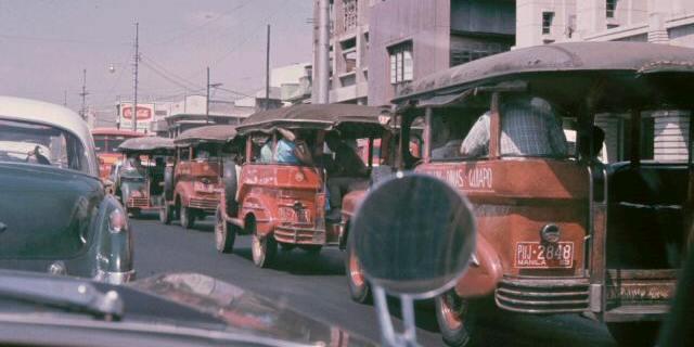 1960年代初頭のジープニー (Jeepney, early 1960's)