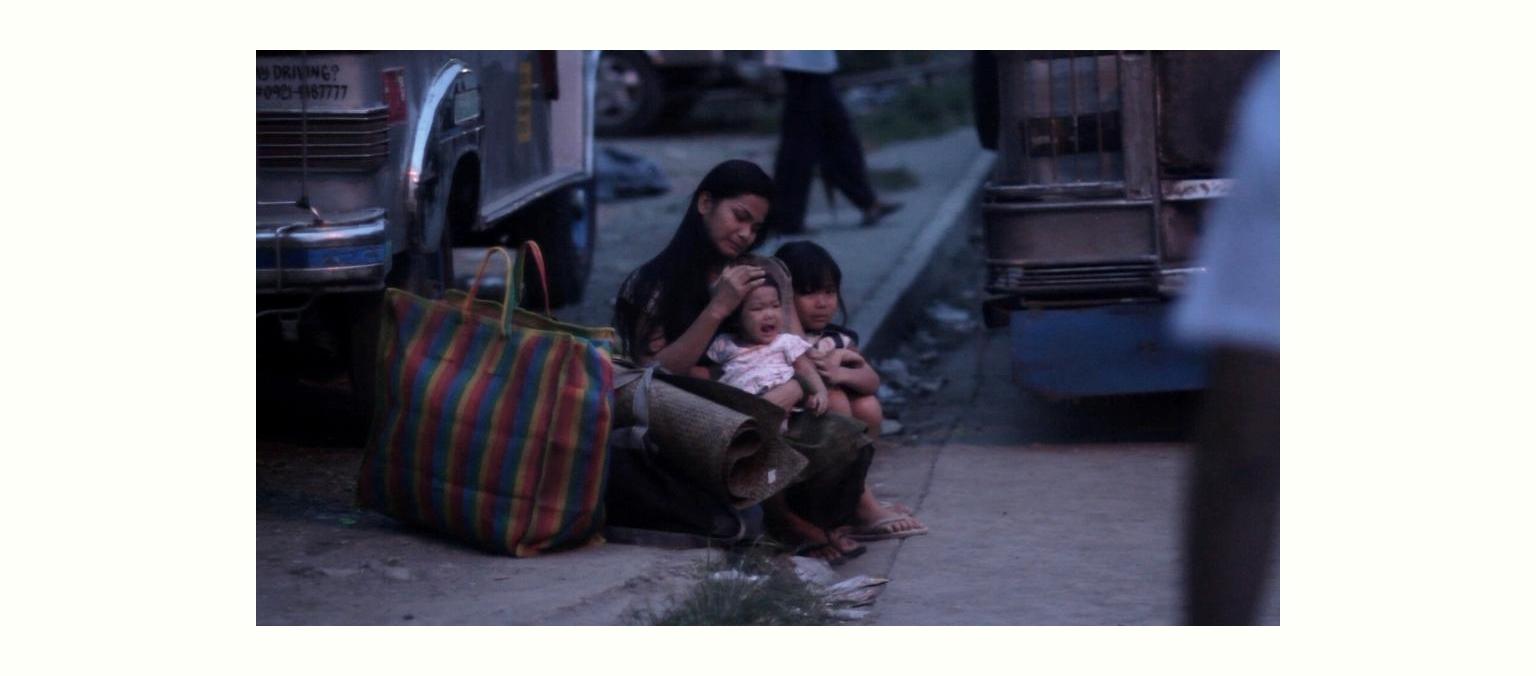 映画「METRO MANILA」の1シーンです。 (captured from the movie 'METRO MANILA')