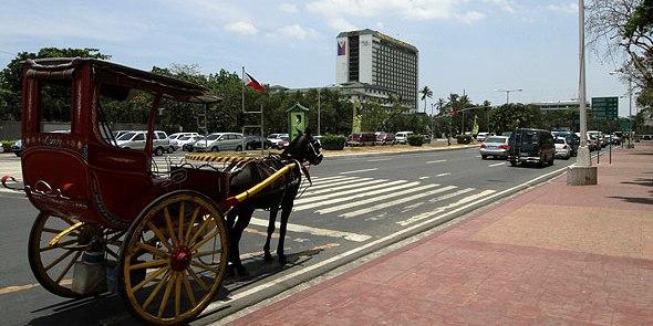カレッサ・マニラホテル・ロハスブールヴァード (Calesa, Manila Hotel and Roxas Boulevard)