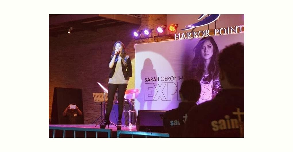 今週2位 Sarah Geronimoのモールショー (Sarah Geronimo mall show @ Harbor Point)