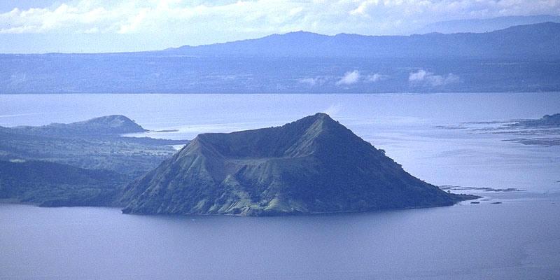 タアル湖 (Lake Taal, Batangas)